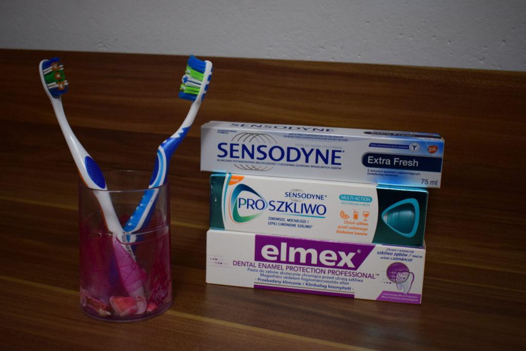 pasty do zębów odbudowa szkliwa regeneracja