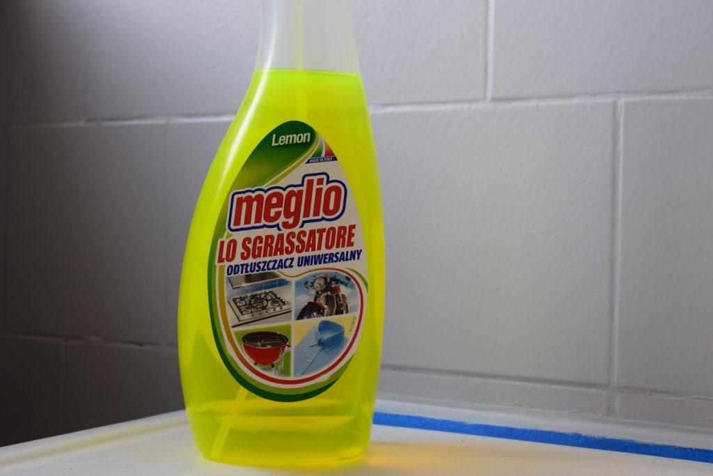 odtłuszczanie_płytek_łazienka_malowanie